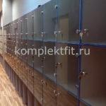 Шкафы для раздевалок со стеклянными фасадами