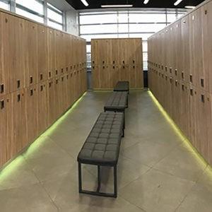 Деревянные шкафчики для раздевалок