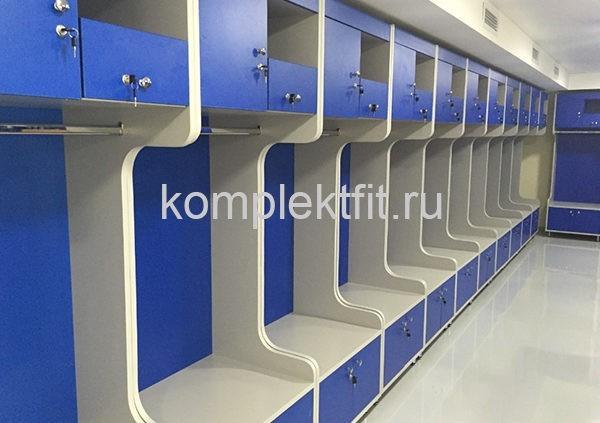 Шкафы в хоккейную раздевалку с лавочкой